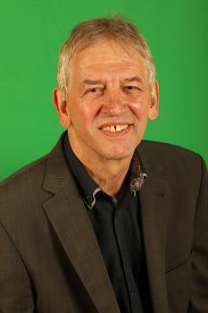 Herr Holger Junker
